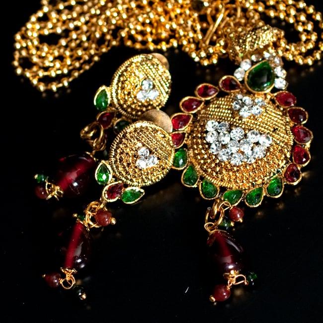 インド伝統アクセサリー フラワーネックレス&ピアスセット 10 - 【選択:D】緑×赤の写真です