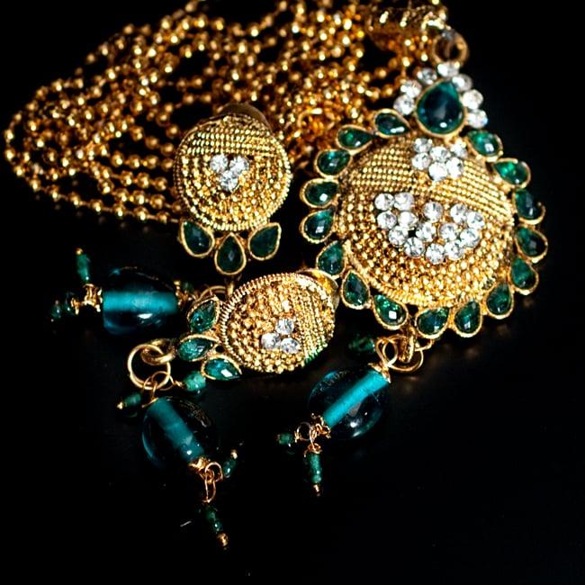 インド伝統アクセサリー フラワーネックレス&ピアスセット 12 - 【選択:F】緑の写真です