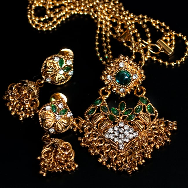 インド伝統アクセサリー ロンブスシェイプネックレス&ピアスセット 13 - 【選択:E】緑の写真です