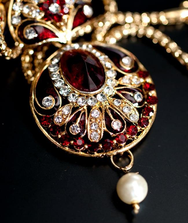 インド伝統アクセサリー 円形ネックレス&ピアスセット 4 - ネックレスの拡大写真です。光を受けると美しく輝きます。