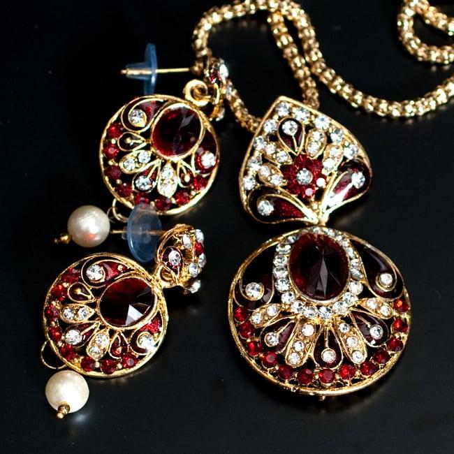 インド伝統アクセサリー 円形ネックレス&ピアスセット 9 - 【選択:A】赤の写真です