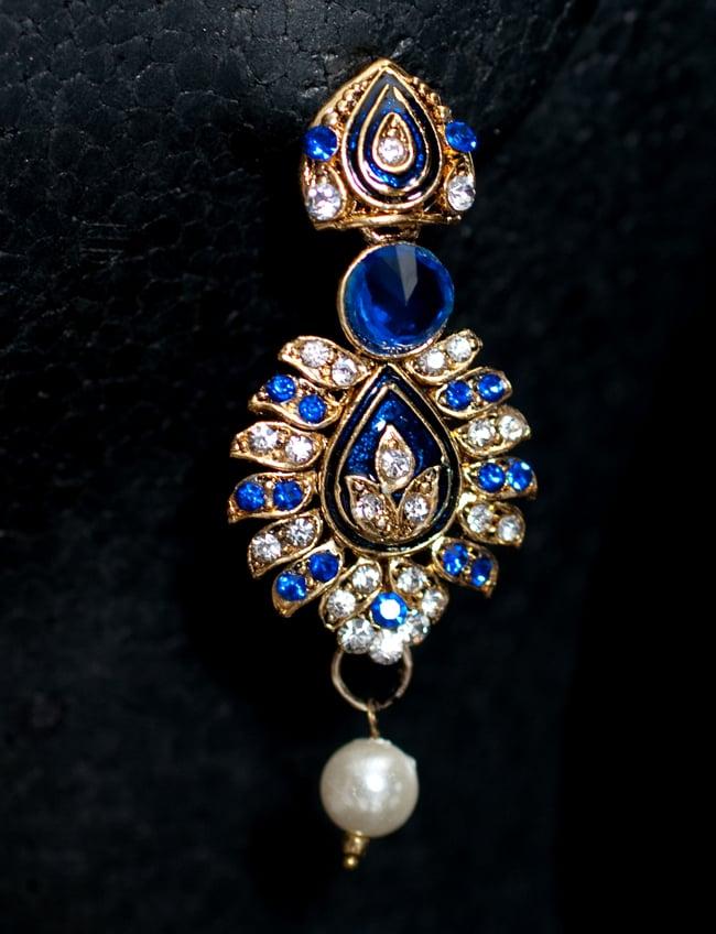 インド伝統アクセサリー リーフネックレス&ピアスセット 5 - ピアスの写真です。こちらも存在感があり綺麗です。