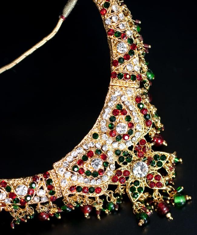 インドアクセサリー3点セット〔ネックレス、ピアス、ティッカ〕 - 赤×緑の写真4 - ネックレスの拡大写真です。光を受けて綺麗に輝きます。