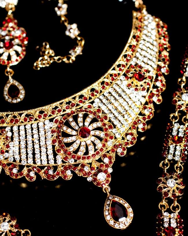 パーティー&婚礼用ジュエリー 豪華8点セット 5 - こちらは装着する際、上にくる方のネックレスです。