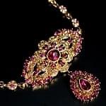 カラフルビジューのクンダンチョーカー インドの首飾り