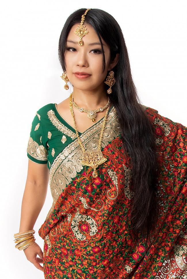 インドアクセサリー3点セット〔ネックレス、ピアス、ティッカ〕 パーティーや結婚式などへ 9 - 類似品の着用例です。別売りのティッカと合わせても素敵です。