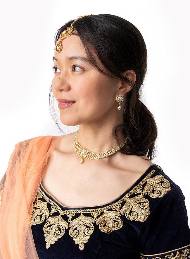 シンプルラインストーンのネックレス&ピアスセット パーティーや結婚式などへ アクセサリーセット 9 - 着用例です