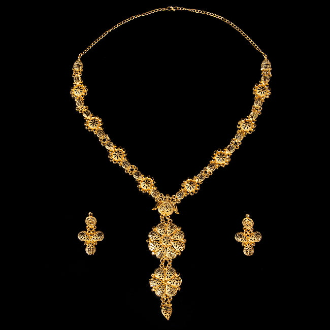 ゴージャス・ゴールド ネックレス&ピアスセット インド伝統アクセサリー 2 - 全体写真です
