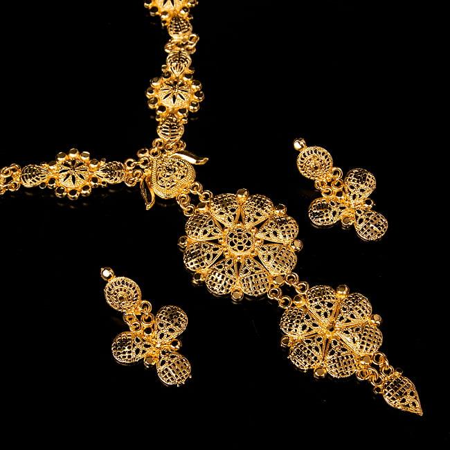 ゴージャス・ゴールド ネックレス&ピアスセット インド伝統アクセサリー 1