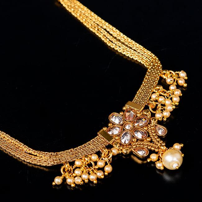 ゴールド・ドクラデザイン ネックレス&ピアスセット インド伝統アクセサリー 4 - ネックレスの拡大写真です。光を受けると美しく輝きます。