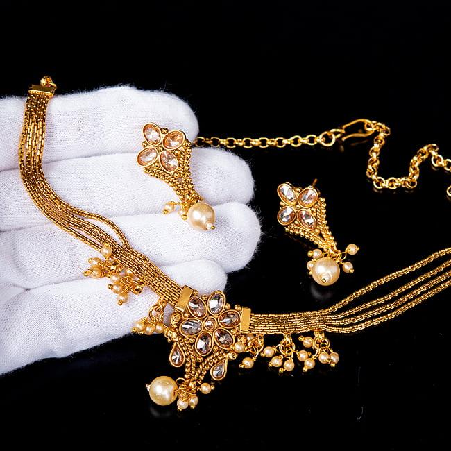 ゴールド・ドクラデザイン ネックレス&ピアスセット インド伝統アクセサリー 6 - このようなサイズ感になります