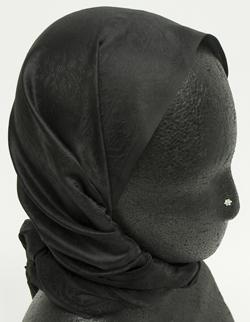 インドの鼻ピアス(小) 2 - マネキンが付けた写真です