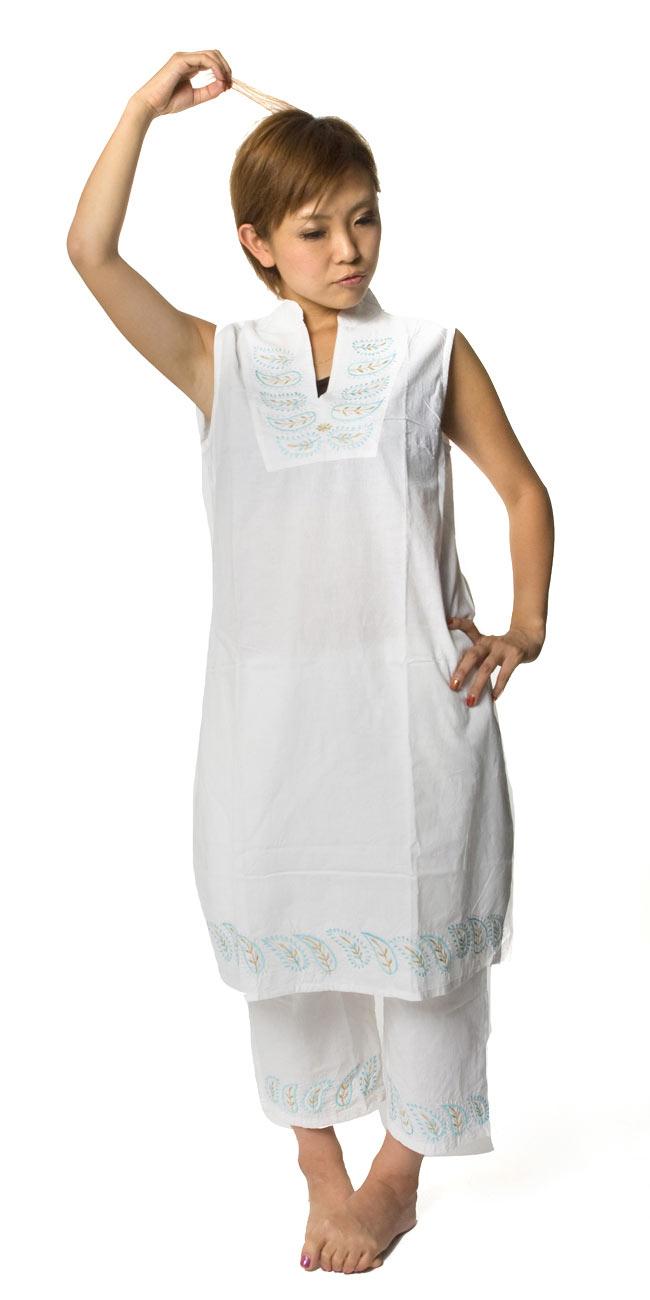 ペイズリー刺繍のルームウェア 【ホワイト】の写真