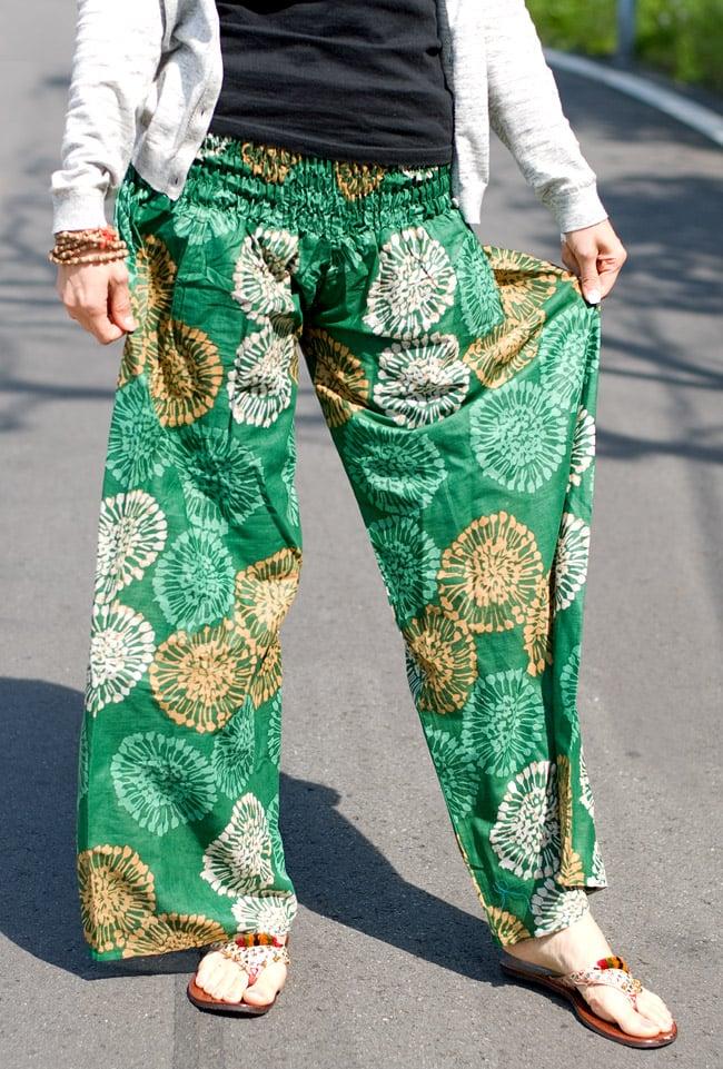 カラフルプリントのワイドパンツの写真13 - L:グリーン