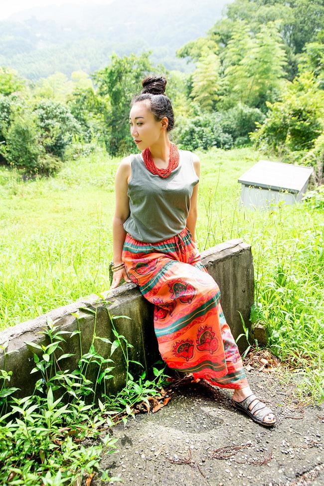 エスニックな伝統柄が個性的 コットンワイドパンツ 3 - 身長162cmの着用例です。