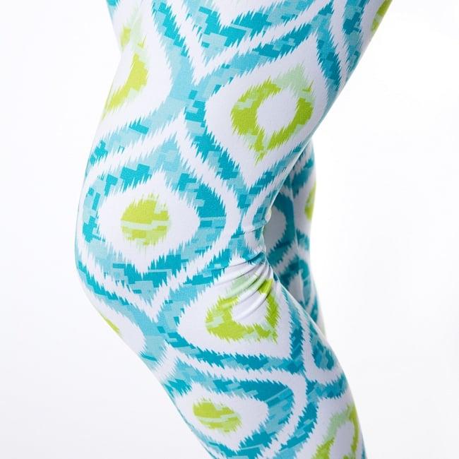 フルグラフィック美脚ヨガレギンス ナチュラル&フラワー系 - イカット 6 - 肌触りの良い生地が使われています