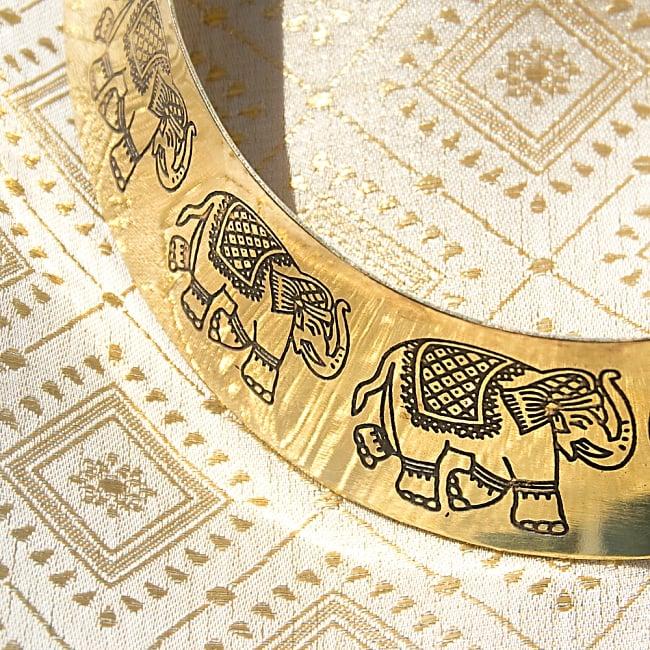 インドのゴールドメタルチョーカーの写真3 - エスニックな象さんがとても素敵です!