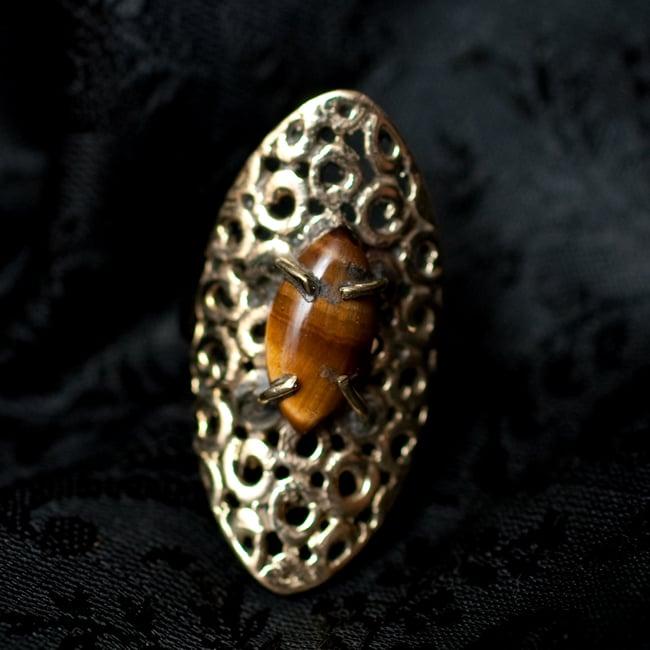 インドの伝統更紗デザイン オーバル天然石リング 5 - 【選択:A】タイガーアイはこのような石になります