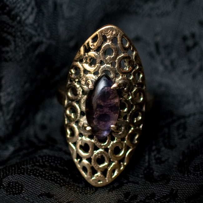 インドの伝統更紗デザイン オーバル天然石リング 6 - 【選択:B】アメジストはこのような石になります