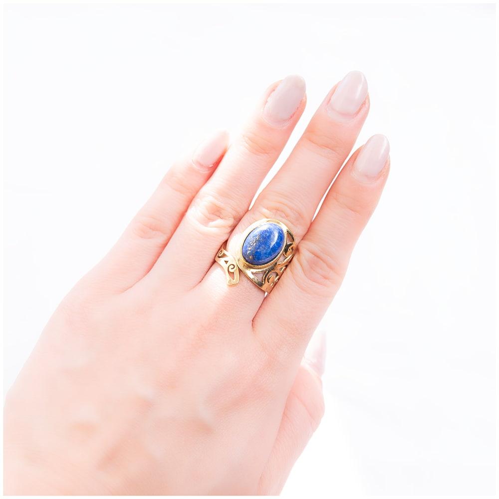 【安心のフリーサイズ】インドのペイズリー柄ゴールド天然石リング 5 - とても可愛らしい指輪です