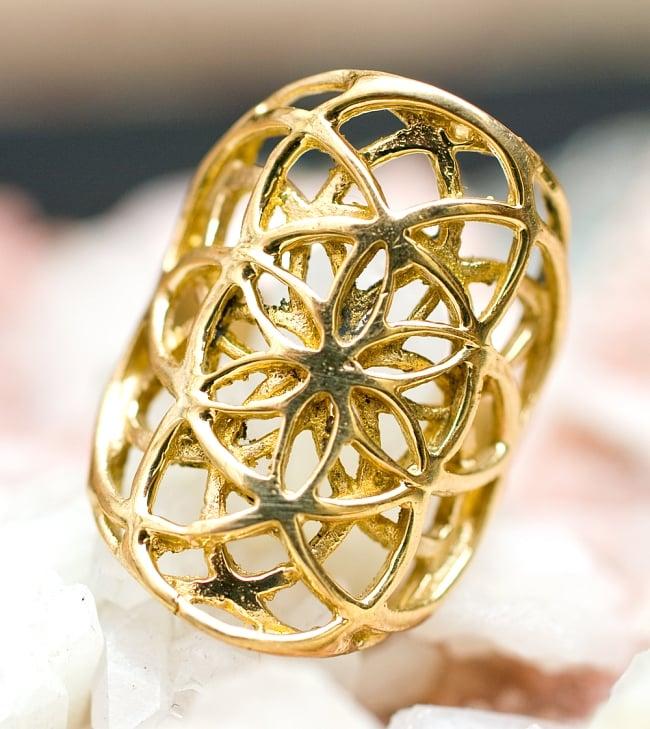 Flower Of Life のゴールドリング 5 - とても可愛らしい指輪です