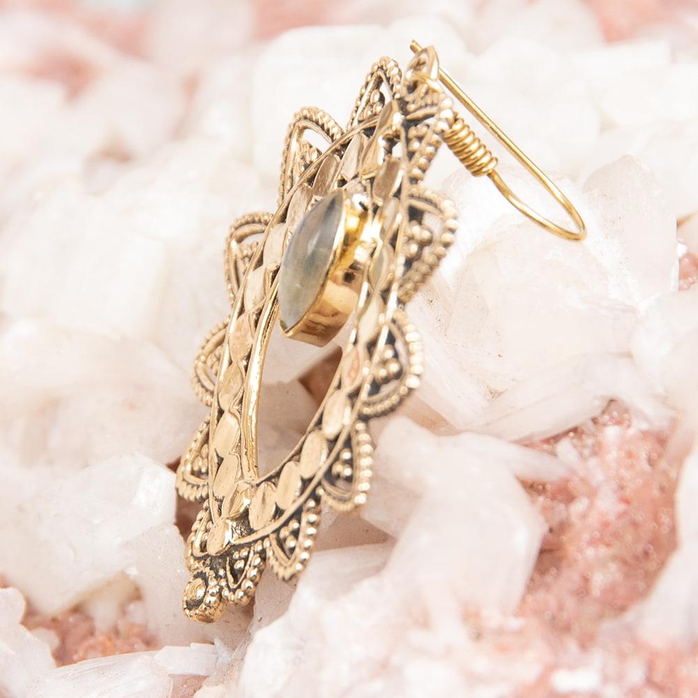 インド伝統模樣のゴールデンピアス(パワーストーン付) 5 - マラカイト