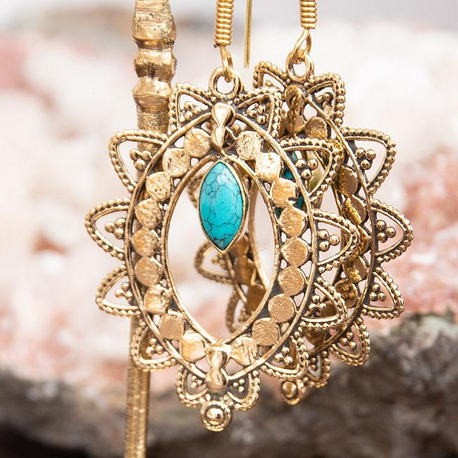 インド伝統模樣のゴールデンピアス(パワーストーン付) 8 - ラブラドライト