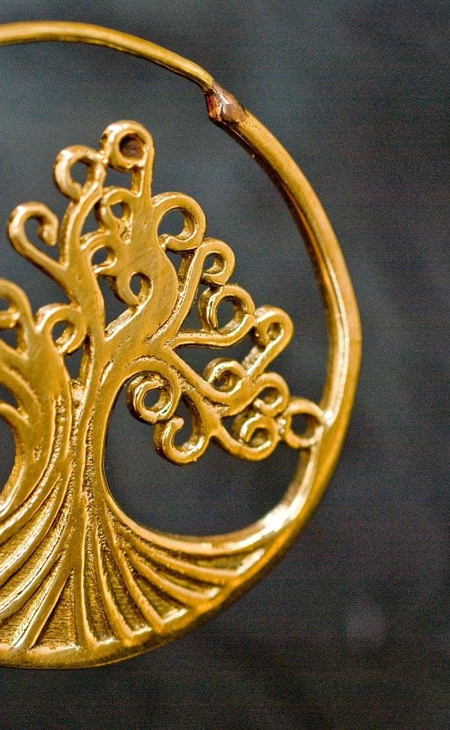 生命の木 Tree Of Lifeの艶めきゴールドピアス 4 - フックの部分はこのようになっています