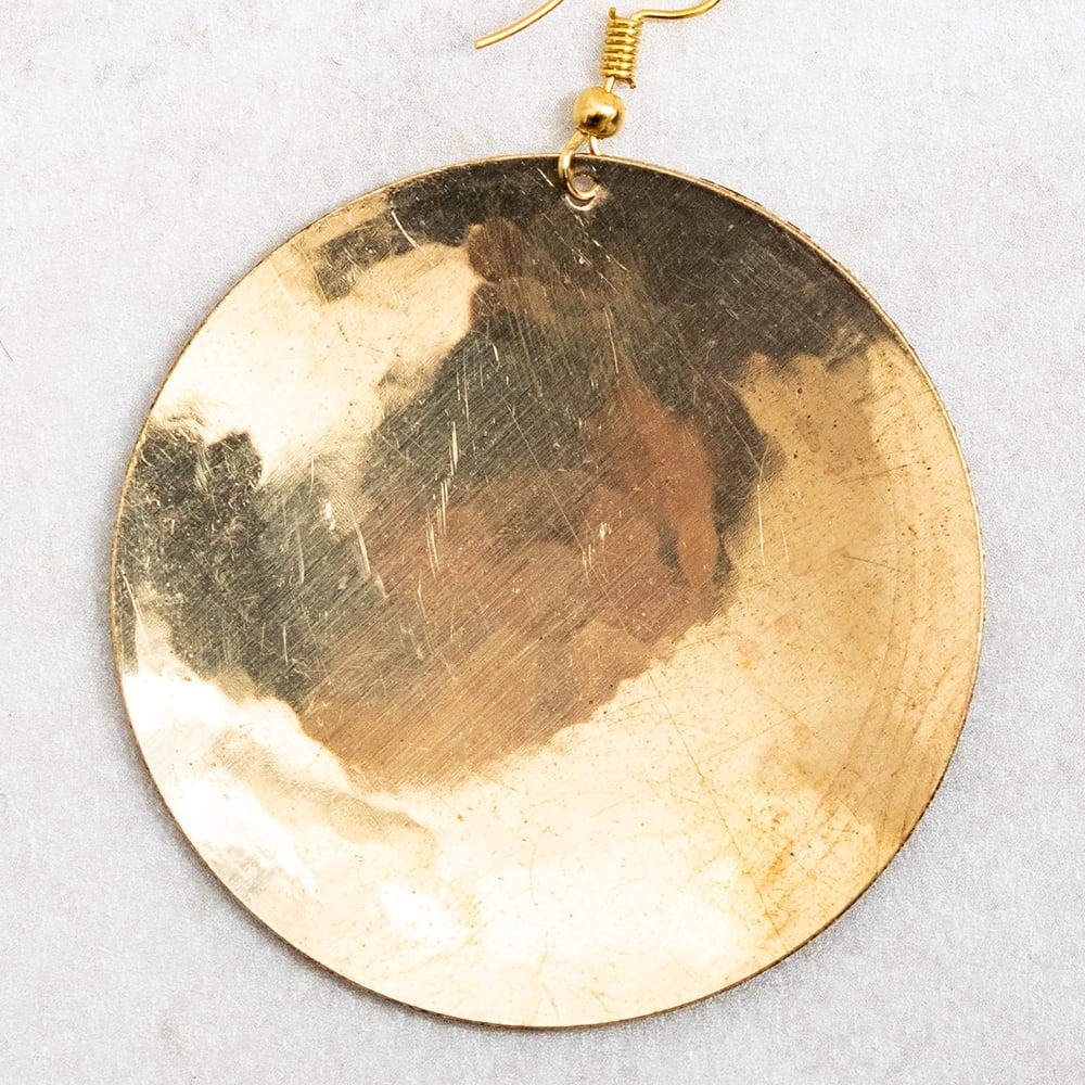 ゴールド メタル プレートのピアス Lサイズ 3 - 裏面の様子です。