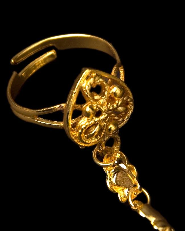 ゴールドパンジャ [5本指] 4 - 指をはめる部分です。指に合わせて調整できるフリーサイズになっています!
