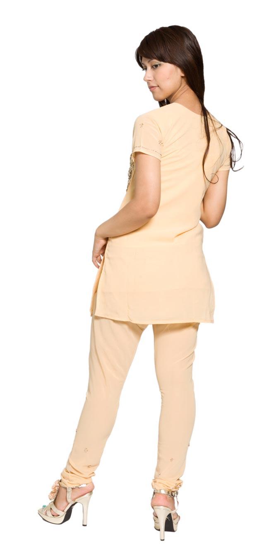 パンジャービードレス3点セット KIDS 140cm 2 - 後ろ姿です。