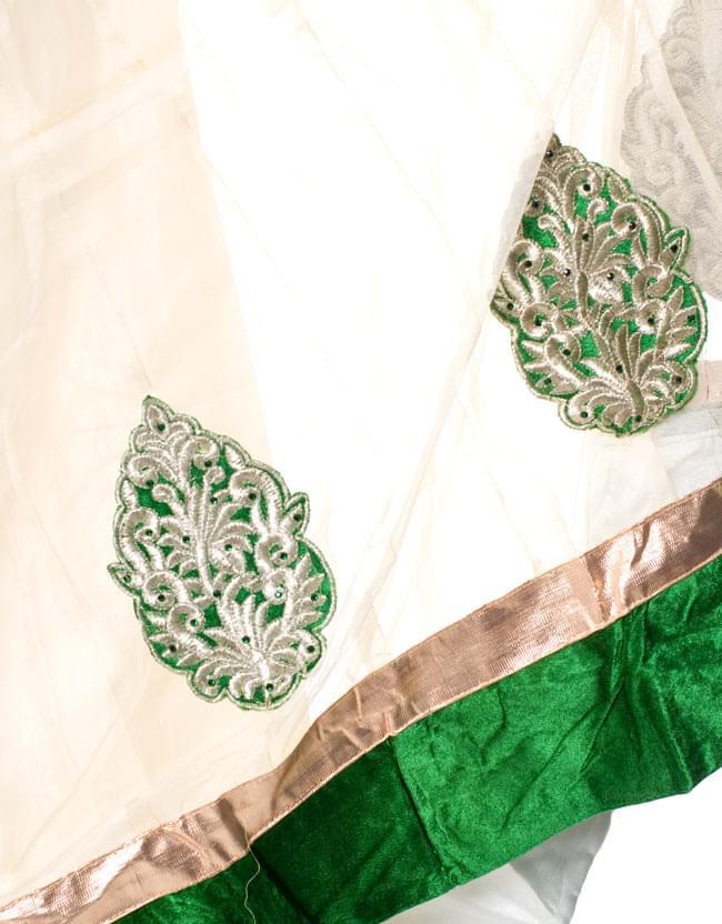 パンジャビ・ドレス3点セット - グリーン 5 - 裾部分をアップにしてみました。