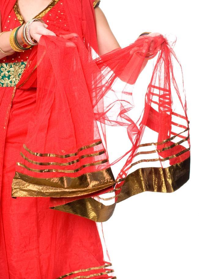パンジャビ・ドレス3点セット - 青 7 - こんな風に前部分のひだは分かれています。(こちらは同デザインの色違いです。)