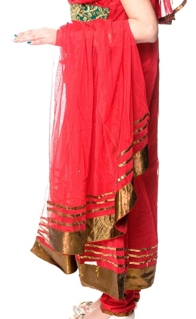 パンジャビ・ドレス3点セット - 青 8 - こんな風に前部分のひだは分かれています。(こちらは同デザインの色違いです。)