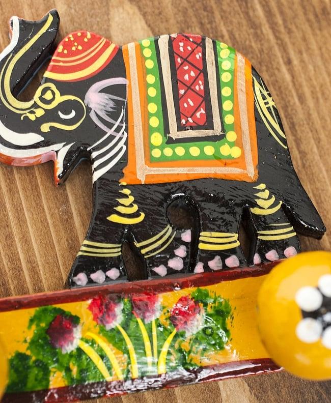 ペイント象さん壁掛フック(黒象に黄色) 4 - 手塗りのぬくもりが伝わってくる、ハンドメイドアイテムです