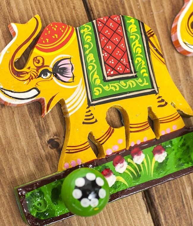 ペイント象さん壁掛フック(黄色象に緑)の写真2 - キュートなハンドペイントです