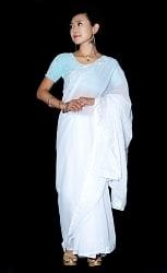 インドのホワイトサリー【更紗刺繍】