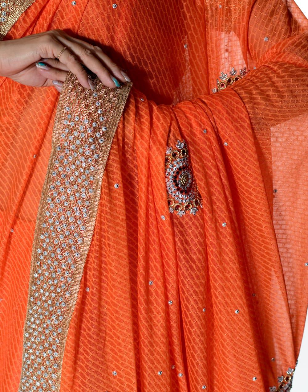 金糸とビーズ刺繍 レンガ模様のマハラニインドサリー【チョリ付き】 - オレンジ 6 - とても綺麗なサリーです