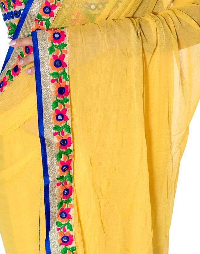 カッチ刺繍テイストのジョーゼットインドサリー【チョリ付き】 - 黄色 6 - とても綺麗なサリーです