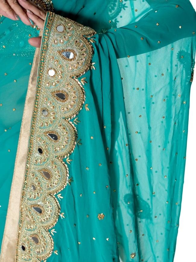 【一点物】ミラーワークと刺繍の婚礼用ゴージャス ジョーゼットサリー【チョリ付き】 - エメラルド 6 - とても綺麗なサリーです