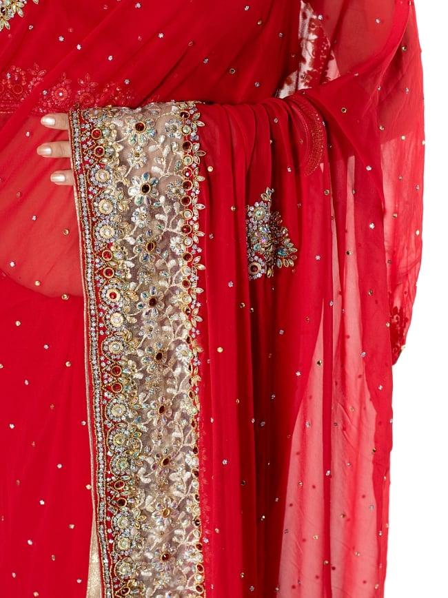 【一点物】刺繍とビジューの婚礼用ゴージャス ジョーゼットサリー【チョリ付き】 - 赤 6 - とても綺麗なサリーです