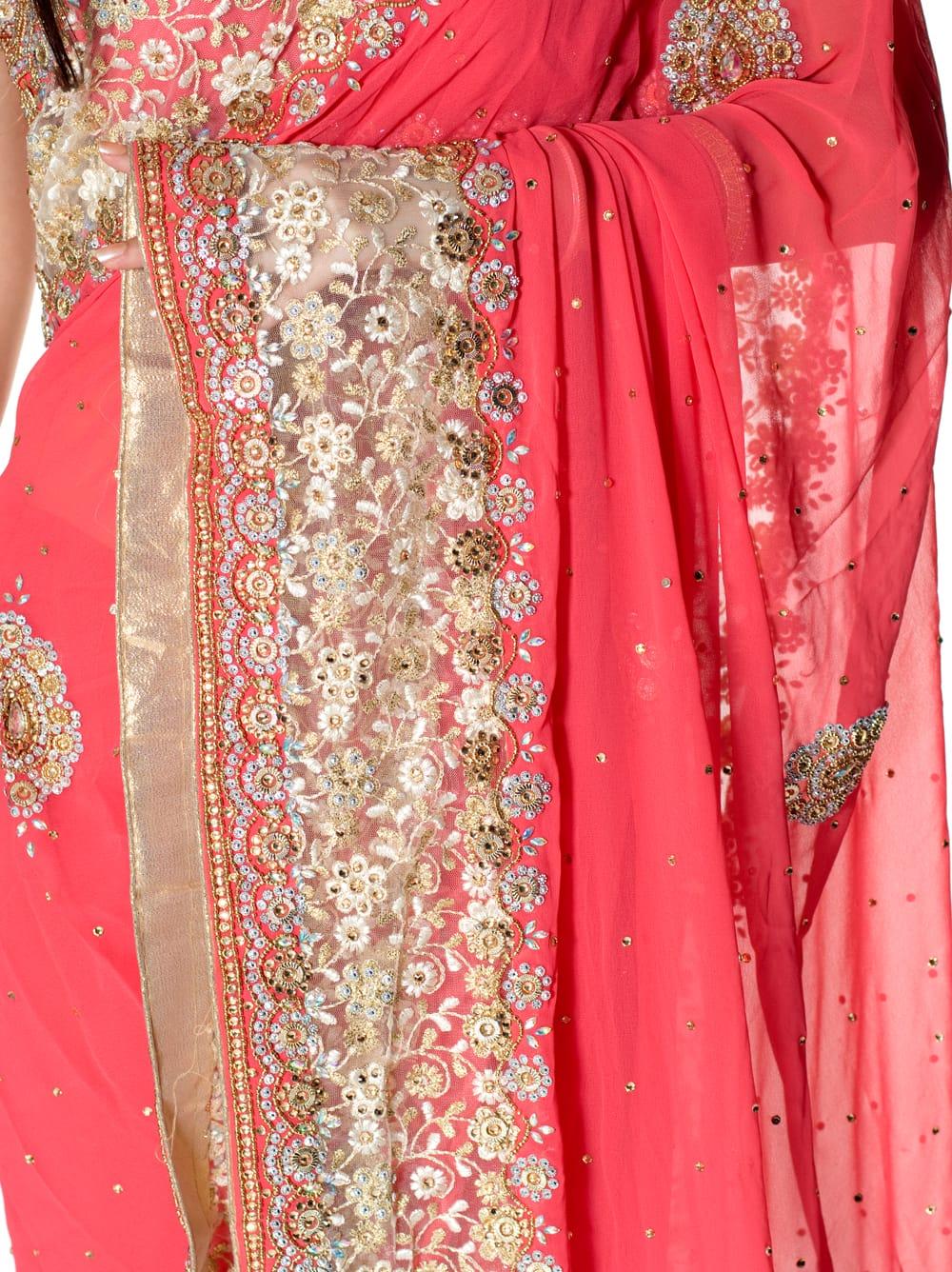 【一点物】刺繍とビジューの婚礼用ゴージャス ジョーゼットサリー【チョリ付き】 - ピンク 6 - とても綺麗なサリーです