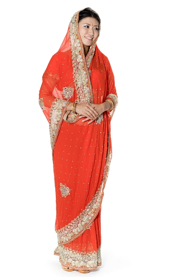 【一点物】刺繍とビジューの婚礼用ゴージャス ジョーゼットサリー【チョリ付き】 - オレンジの写真