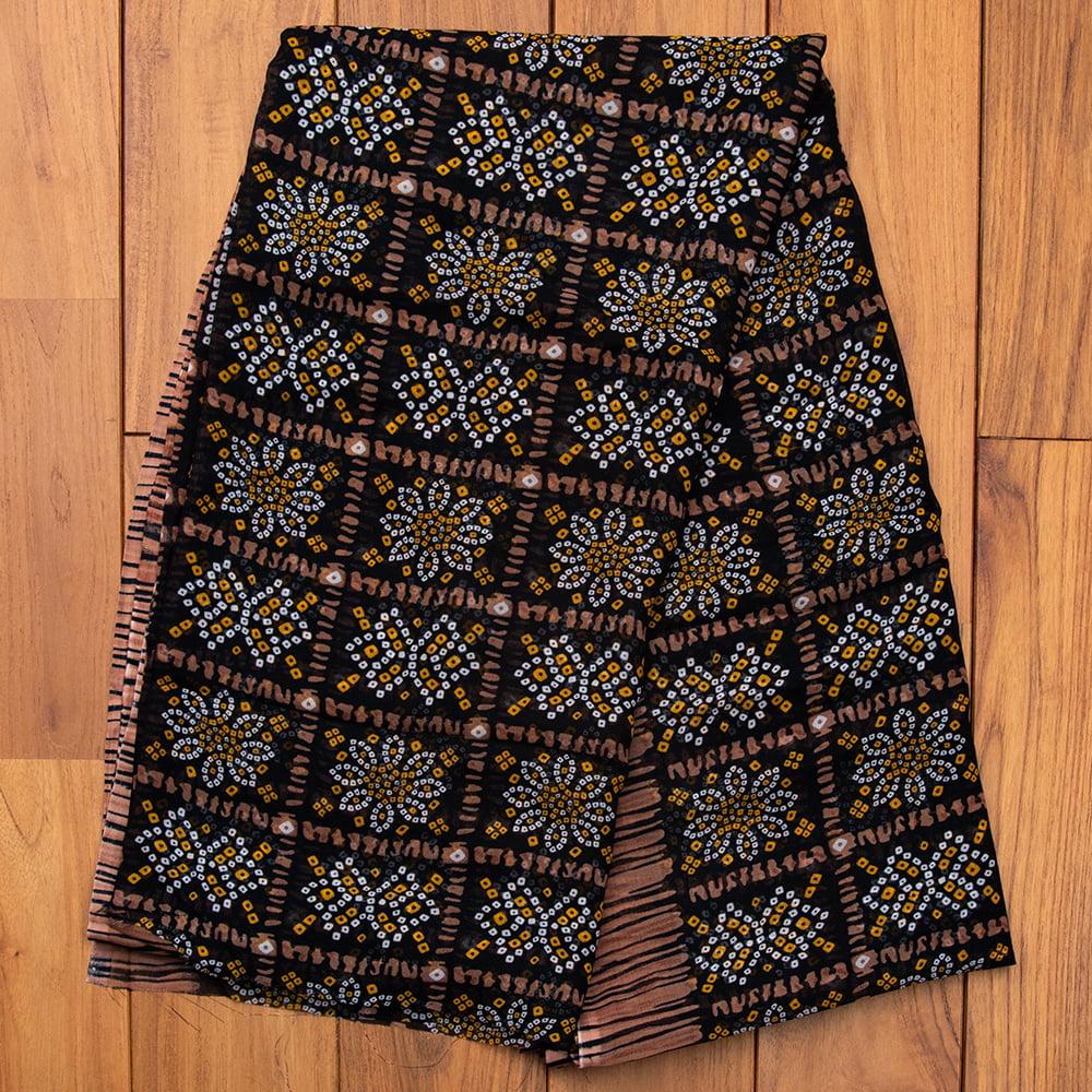 インド伝統模様バンディニプリントのインドサリー 10 - B:ブラック