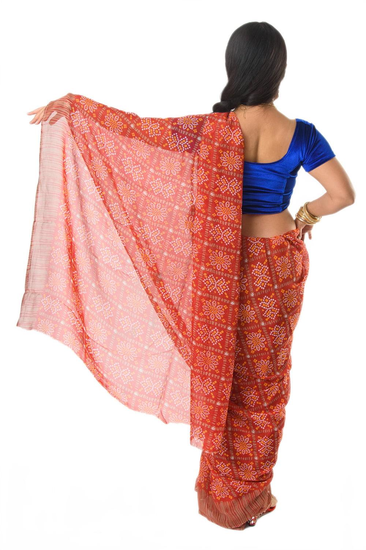 インド伝統模様バンディニプリントのインドサリー 3 - 違う角度から見てみました。