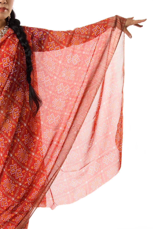 インド伝統模様バンディニプリントのインドサリー 6 - サリーを広げてみました。