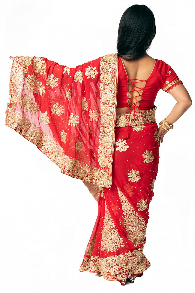 更紗柄刺繍の婚礼用ゴージャス サリー【チョリ付き】 3 - 違う角度から見てみました。