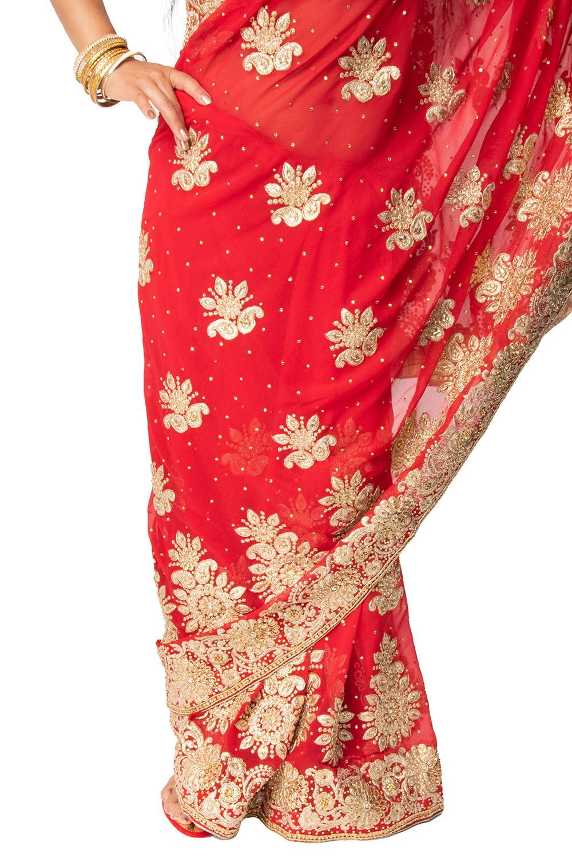 更紗柄刺繍の婚礼用ゴージャス サリー【チョリ付き】 8 - 裾周りの様子です。
