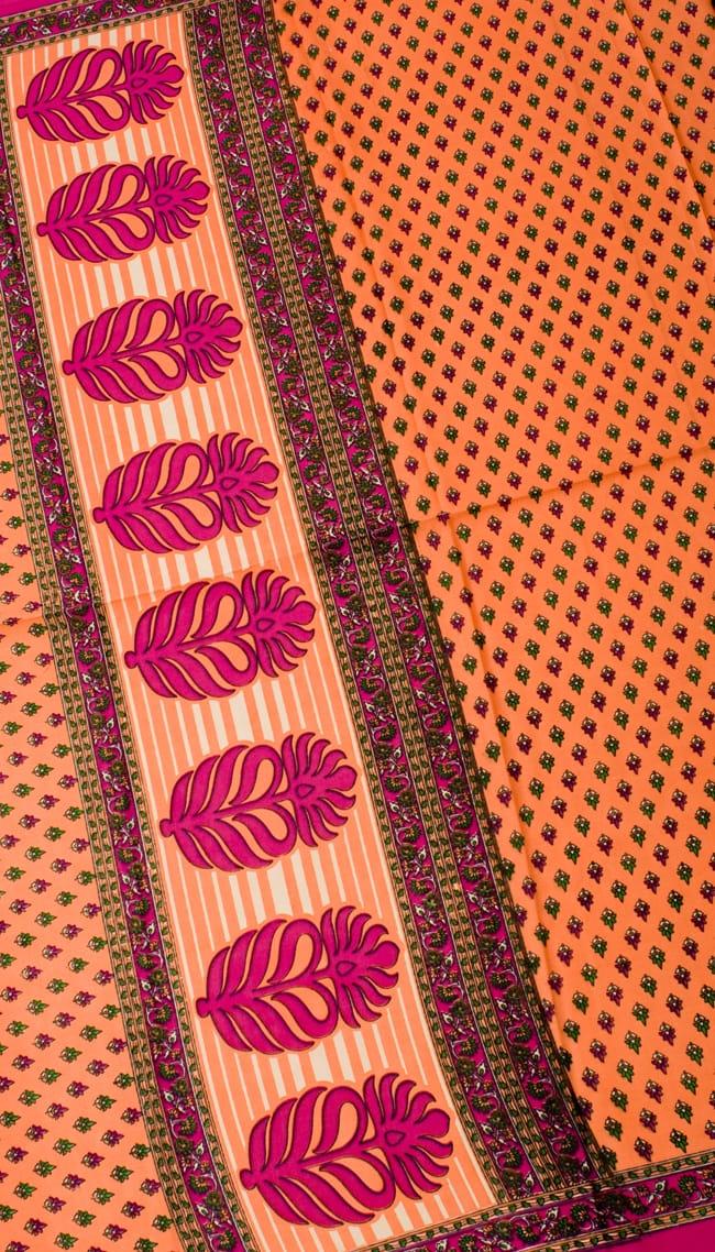 インドサリー【小花】 全4色の写真7 - 選択項目のAになります。こちらのお色をご希望の場合は、選択項目よりお選び下さい。
