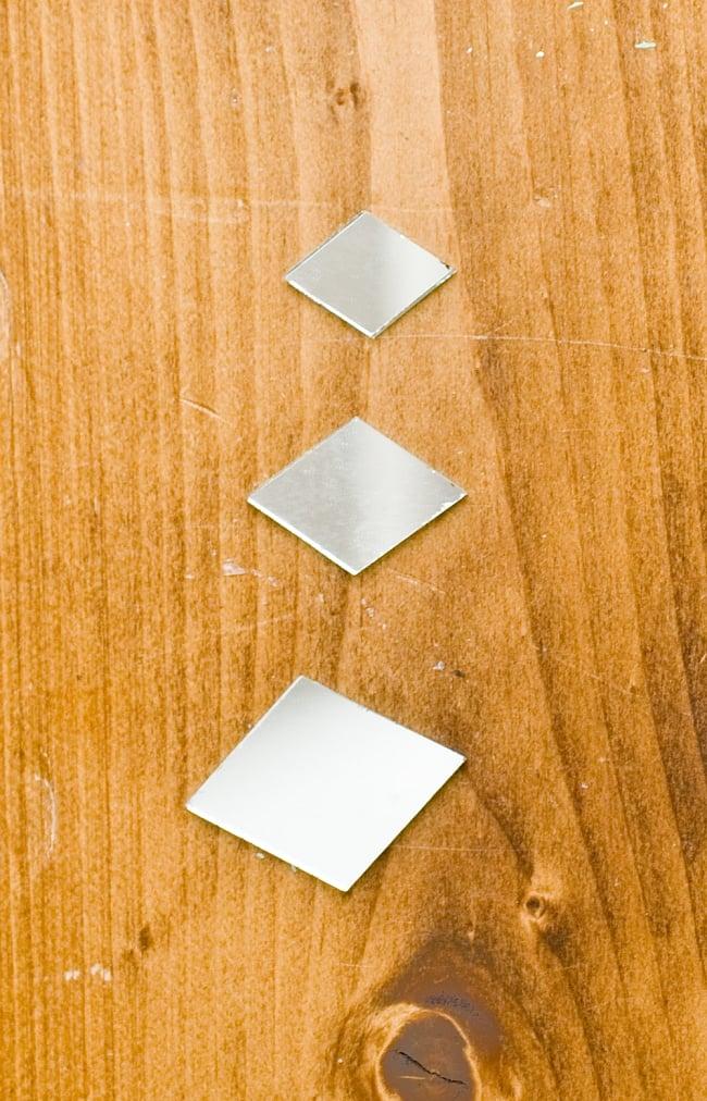 【およそ50枚入り】ひし形鏡セット たてよこ 約3.8cmx1.5cm 4 - 上から約2.2cmx1.5cm、約2.8cmx1.8cm、約3.8cmx1.5cmと並べました。